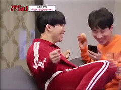 The GAYEST moments in KPOP (EXO, behind-the-scenes, NCT, two times, GOT7...) ;3